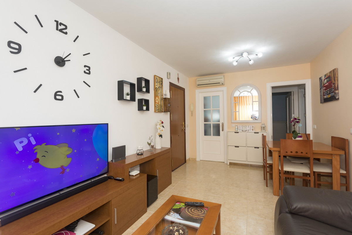 APARTMENT IN A MODERN AND QUIET AREA, SURROUNDED BY ALL THE SERVICES THAT MAY BE NEEDED AND IN AN UN,Spain