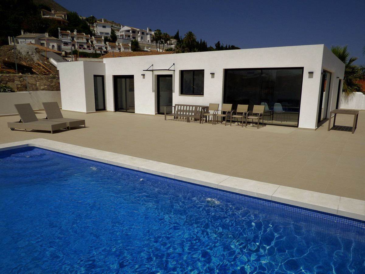 AMAZING VILLA with panoramic sea views over the bay of Fuengirola. Beautifully appointed has been co,Spain