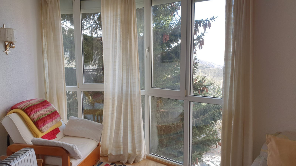 DON'T MISS THE OPPORTUNITY TO HAVE A PRECIOUS APARTMENT IN SIERRA NEVADA LOW AREA. THE HOUSE HA, Spain