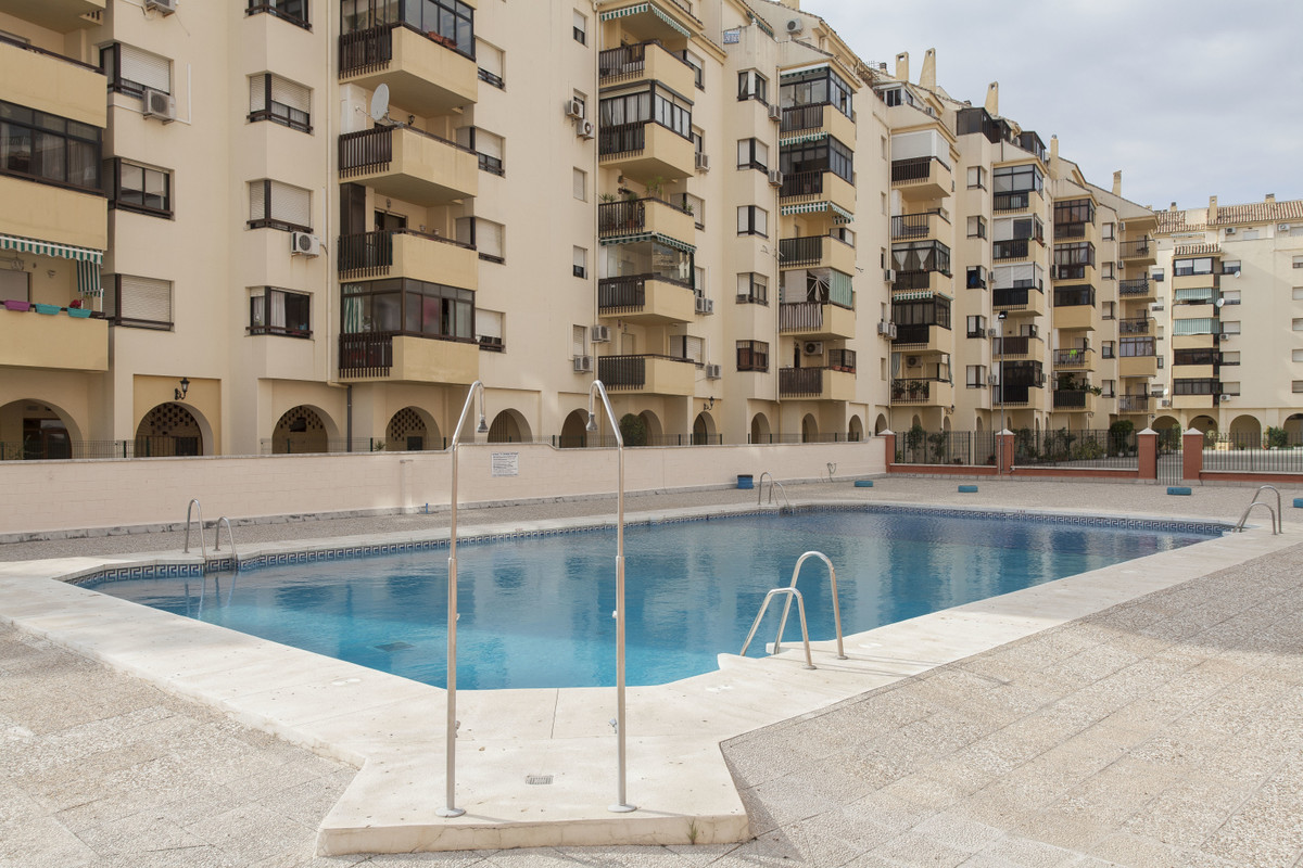 Ground Floor Apartment for sale in Los Boliches R3649358