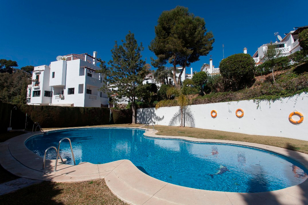 Beautiful townhouse, in a private urbanization, very quiet in Mijas-Fuengirola. Very sunny with view,Spain