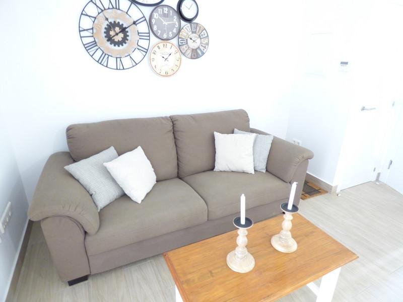 Marbella Banus Apartamento Planta Media en venta en Los Boliches – R3661217