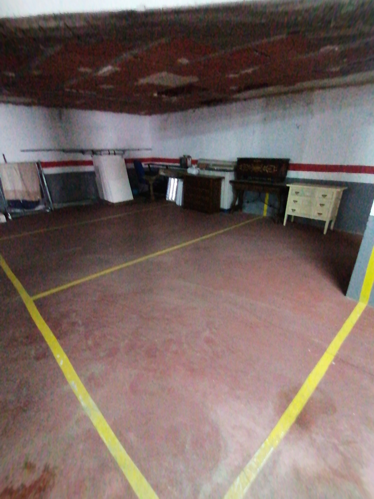 LOCAL PARKING OPPORTUNITY OF 302 METERS, VERY GOOD LOCATION, GREAT POSSIBILITY OF BUSINESS.,Spain