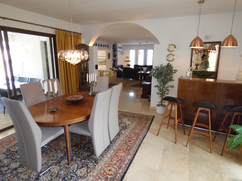 Villa – Chalet a la venta en Mijas – R3527509
