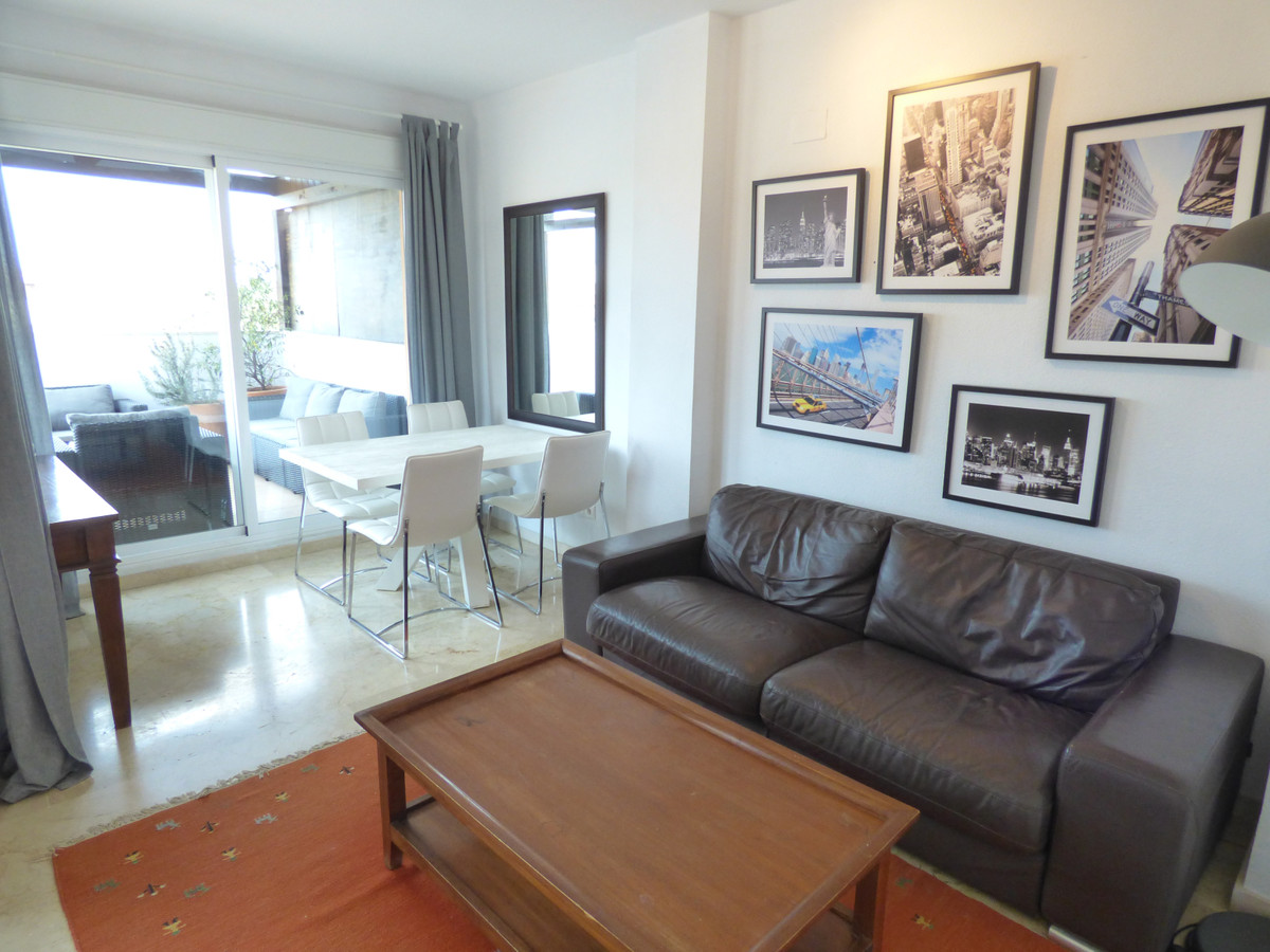 SPECTACULAR 2 BEDROOM PENTHOUSE APARTMENT WITH STUNNING SEA AND GOLF VIEWS IN THE WELL LOCATED VILLA, Spain