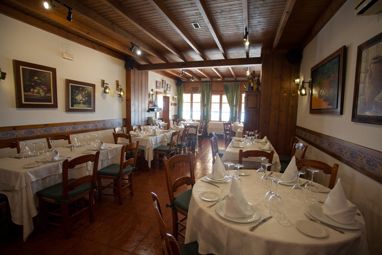 Great restaurant in one of the best areas of Fuengirola, with a terrace of 80m2, sea views from the , Spain