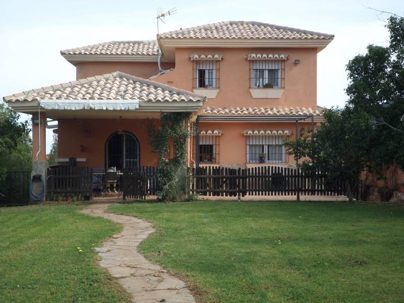 Great VILLA in Pinos de Alhaurin with 7 Bedrooms on a plot of 1,400 meters  Live in the house of you, Spain