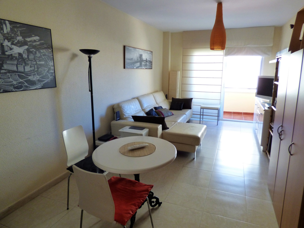 Nice 3 bedroom apartment in a very quiet and residential area in the CARE area of ??Mijas. The apart,Spain