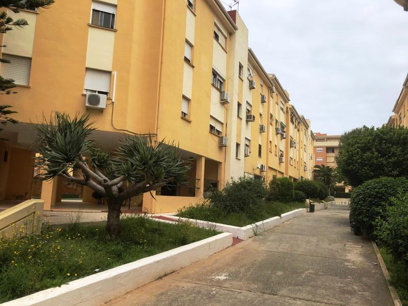 Middle Floor Apartment in Torremolinos for sale