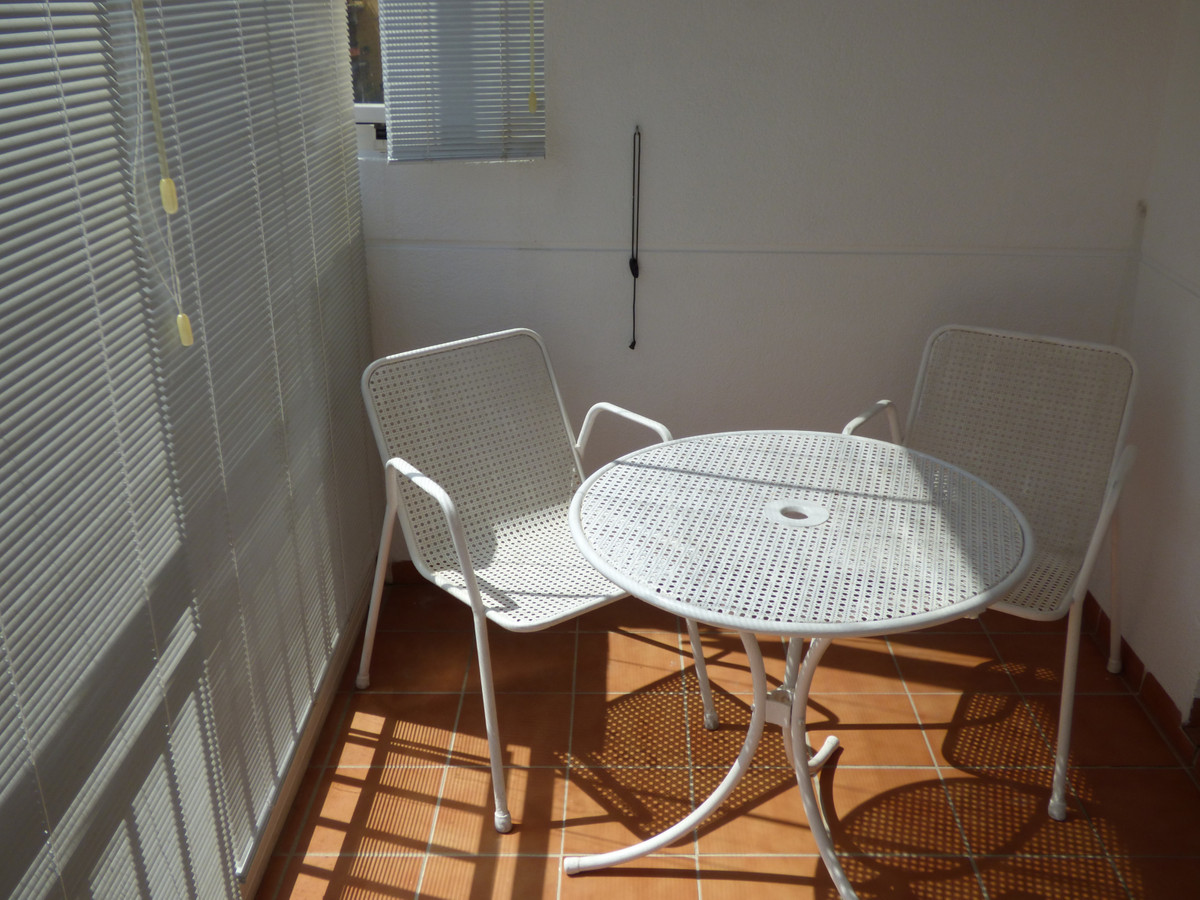 BEAUTIFUL APARTMENT OF 3 BEDROOMS, 2 BATHROOMS, INDEPENDENT KITCHEN, WASHER, LIVING ROOM, GLAZED TER,Spain