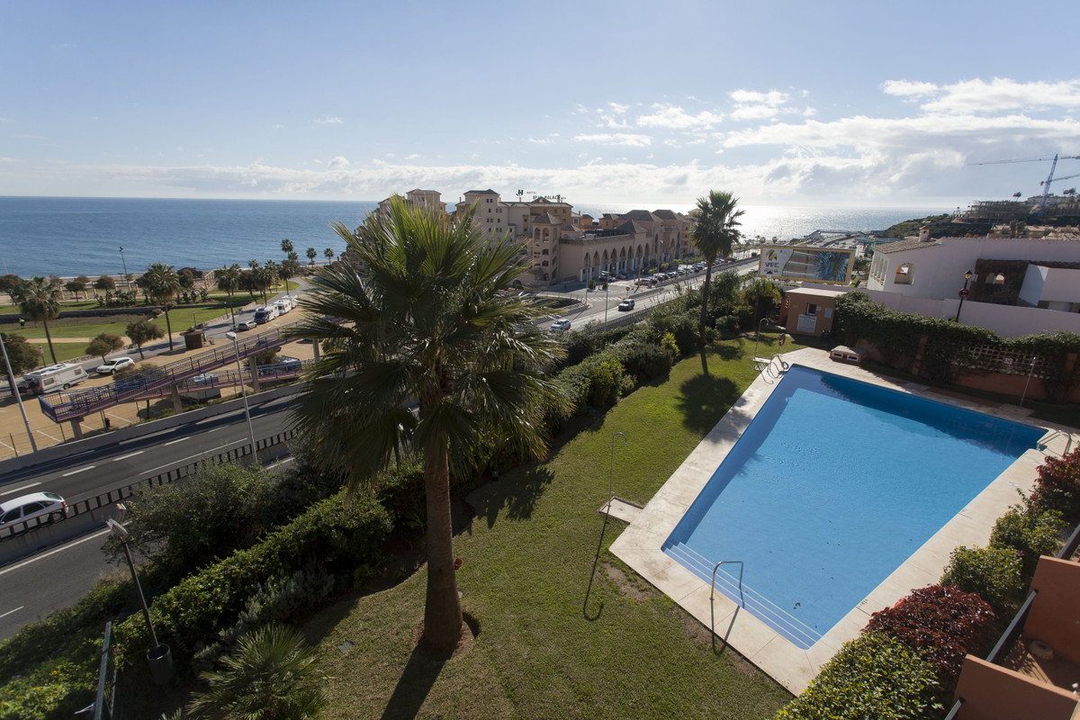 APARTMENT IN BOLICHES, 2 BEACH LINE. CONSISTS OF 2 BEDROOMS AND 2 BATHROOMS. YOU CAN ENJOY SEA VIEW ,Spain
