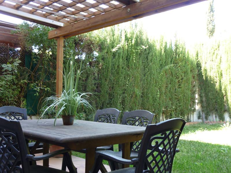 Marbella Banus Pareada en venta, Sierrezuela – R3376630