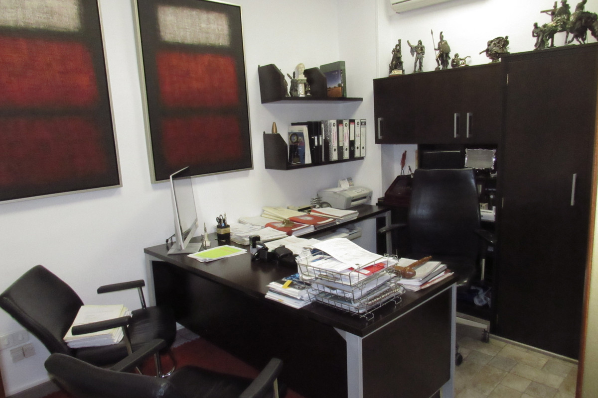 Commercial Premises for sale in Fuengirola R3402853