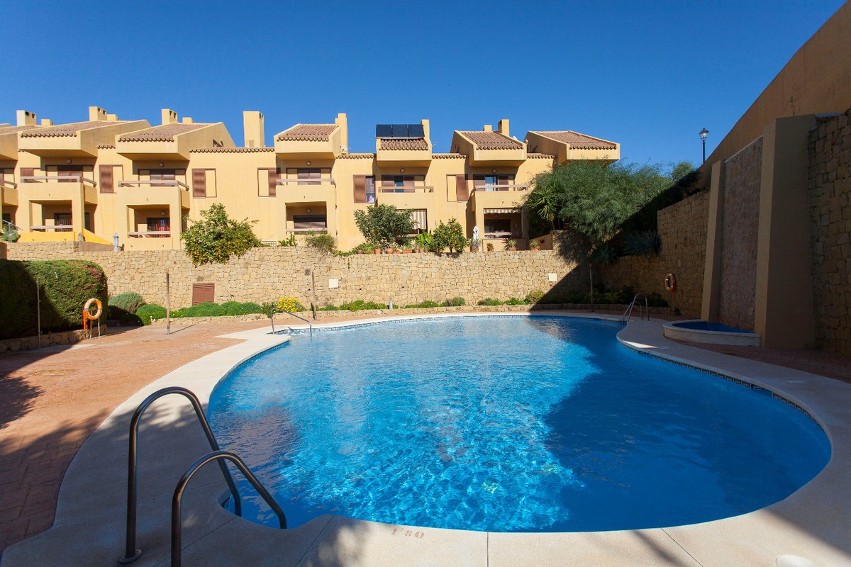 BEAUTIFUL VILLA TOWNHOUSE IN GATED COMMUNITY, COMPOSED OF TWO ATTIC FLOORS. GROUND FLOOR CONSISTING ,Spain