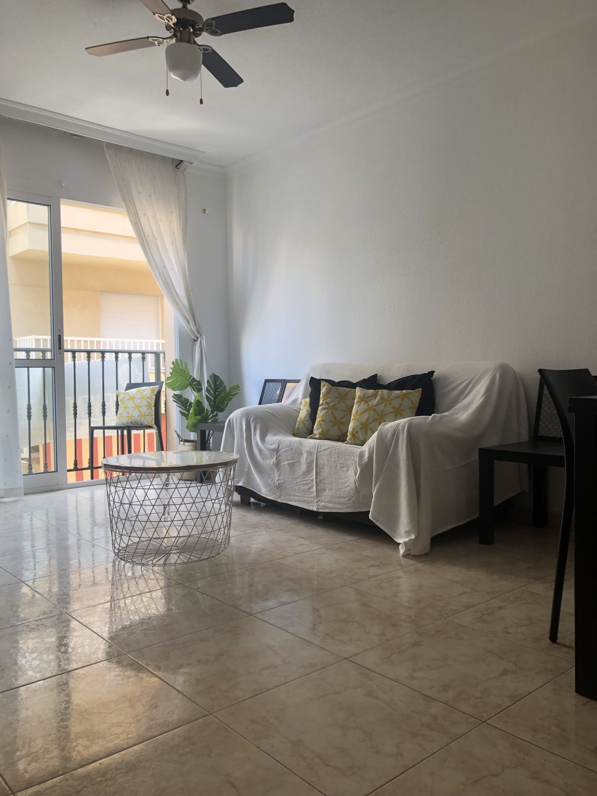 APARTMENT IN THE CENTRE OF FUENGIROLA, CLOSE TO SHOPPING AREAS AND LEISURE, TO LESS THAN 5 MINUTE WA,Spain