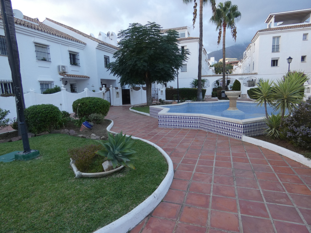 Charming apartment in Torreblanca with two bedrooms and a bathroom. This apartment is located in a l, Spain