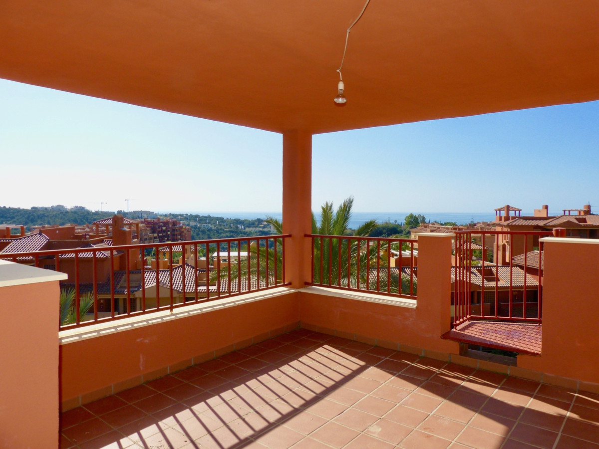 Ático en Venta en Reserva de Marbella – R3809932