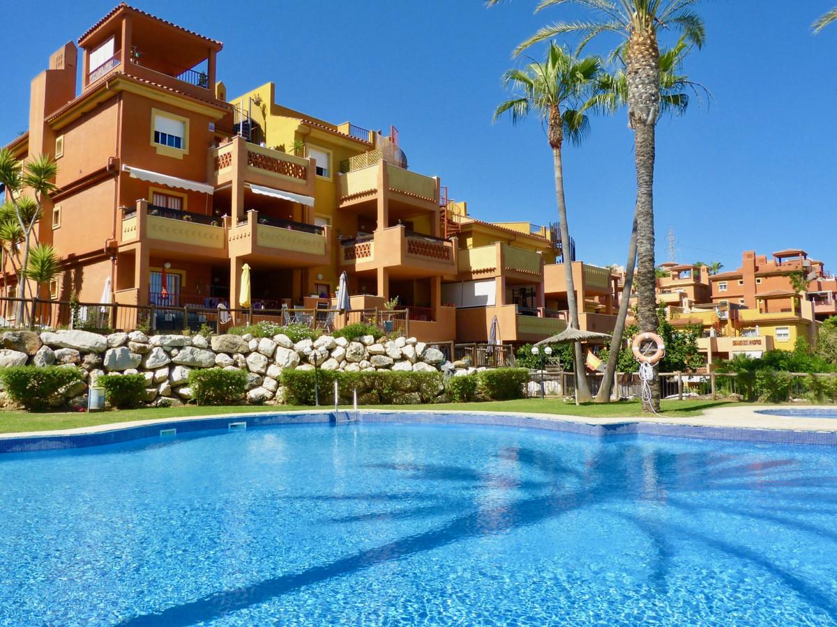 Marbella Banus Ático en Venta en Reserva de Marbella – R3867883