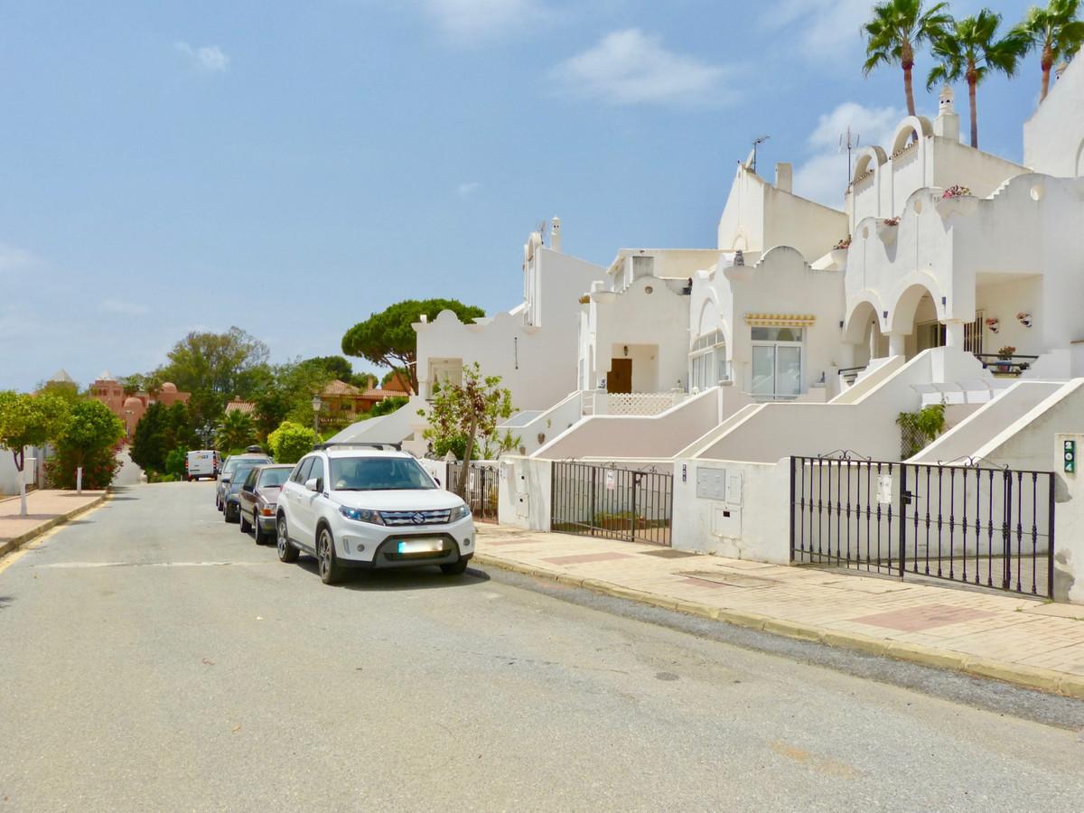 Adosado en Venta en Reserva de Marbella – R3907039