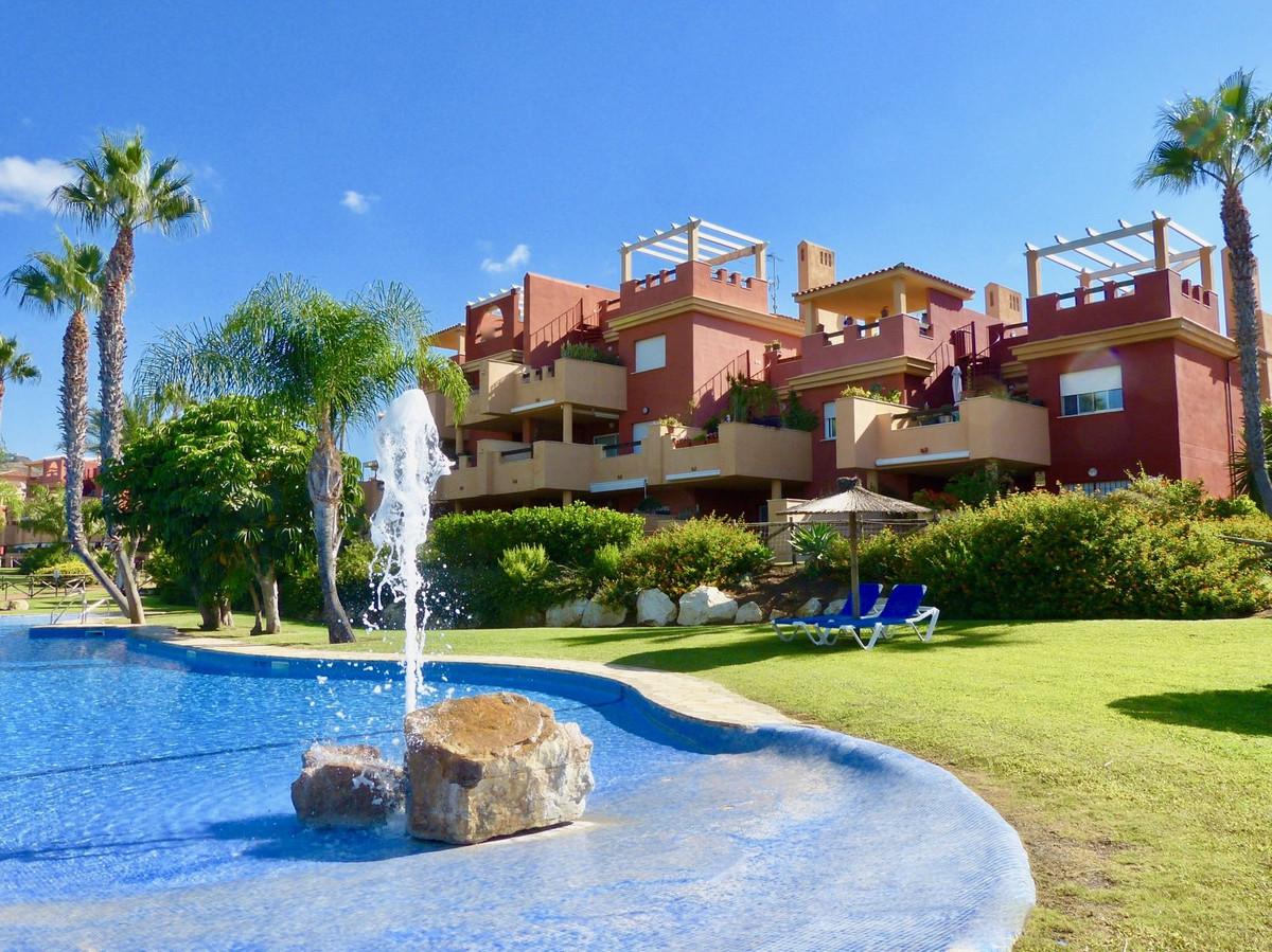 Marbella Banus Apartamento Planta Media en Venta en Reserva de Marbella – R3671975