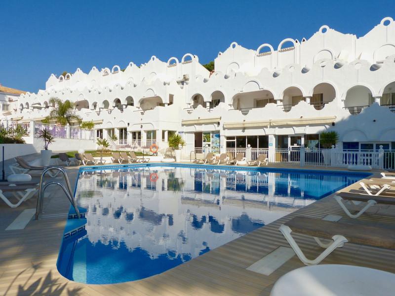Marbella Banus Adosada en venta en Reserva de Marbella – R3349225