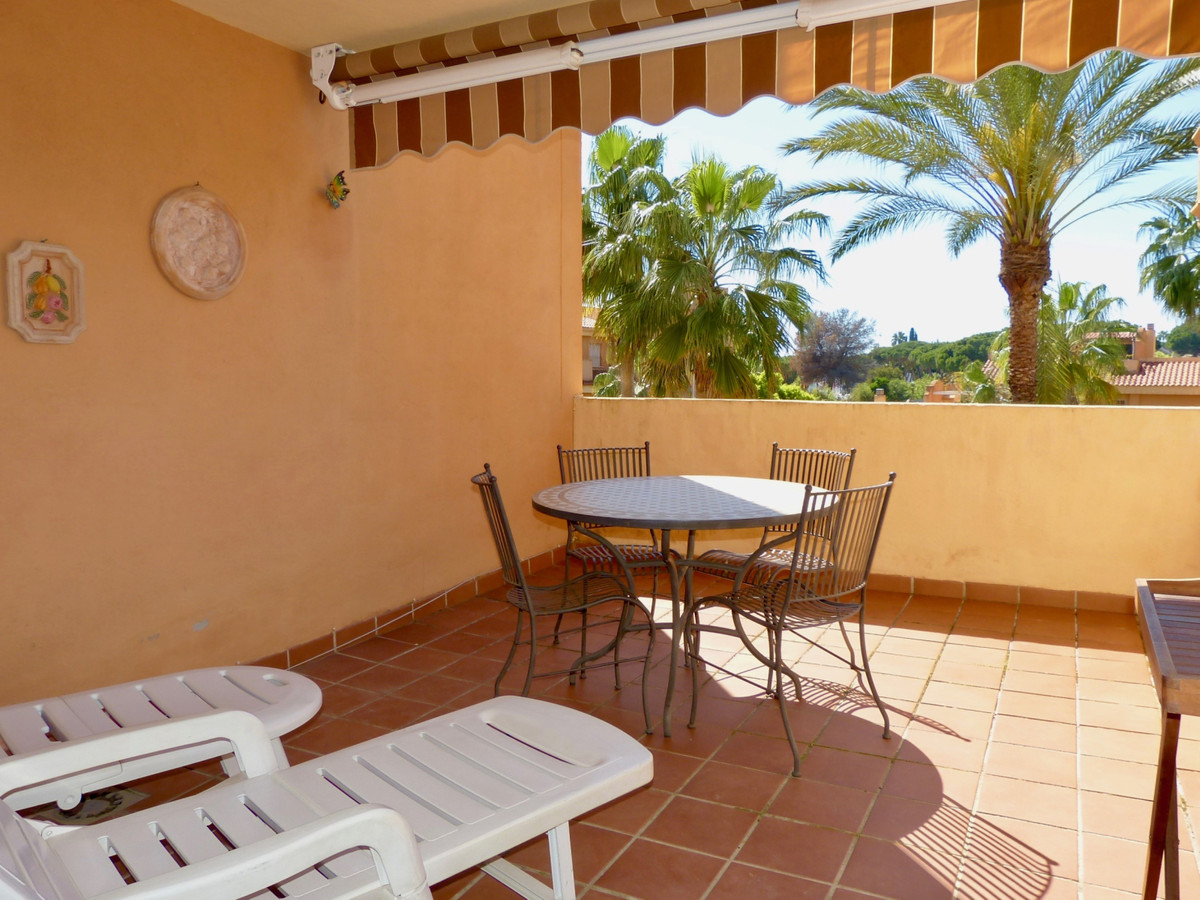 2 Bedroom Middle Floor Apartment For Sale Reserva de Marbella