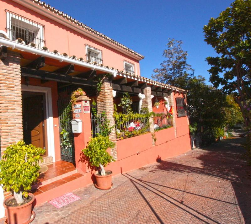 El Coto Villas 10