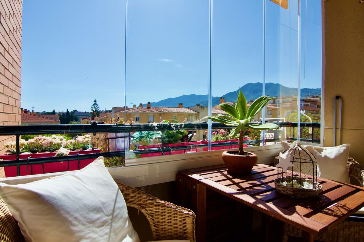Middle Floor Apartment, El Pinillo, Costa del Sol. 3 Bedrooms, 2 Bathrooms, Built 109 m², Terrace 7 ,Spain