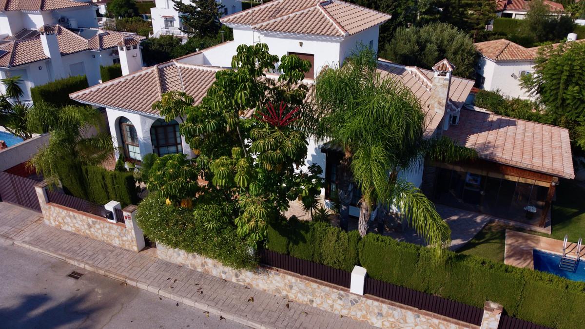 House in Alhaurín de la Torre R3937687 1