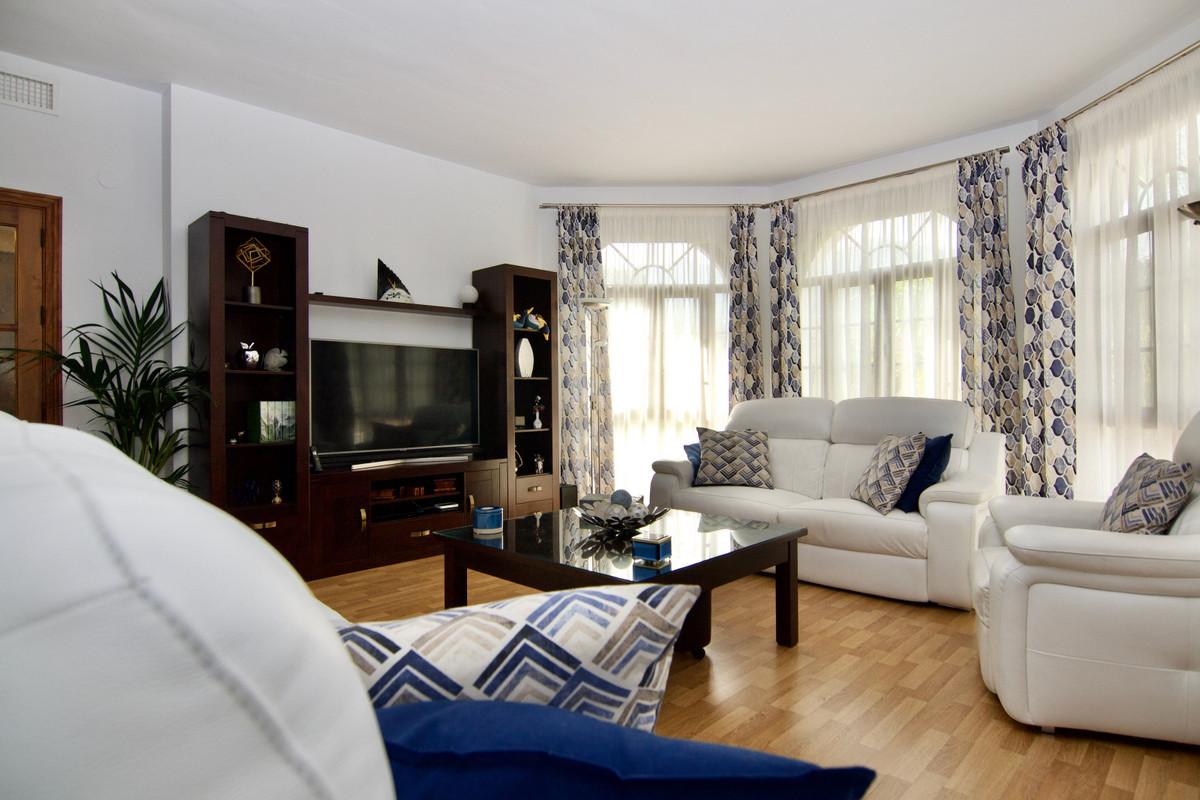 House in Alhaurín de la Torre R3937687 11