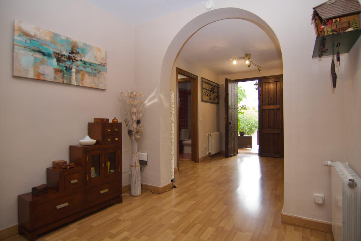 House in Alhaurín de la Torre R3937687 25
