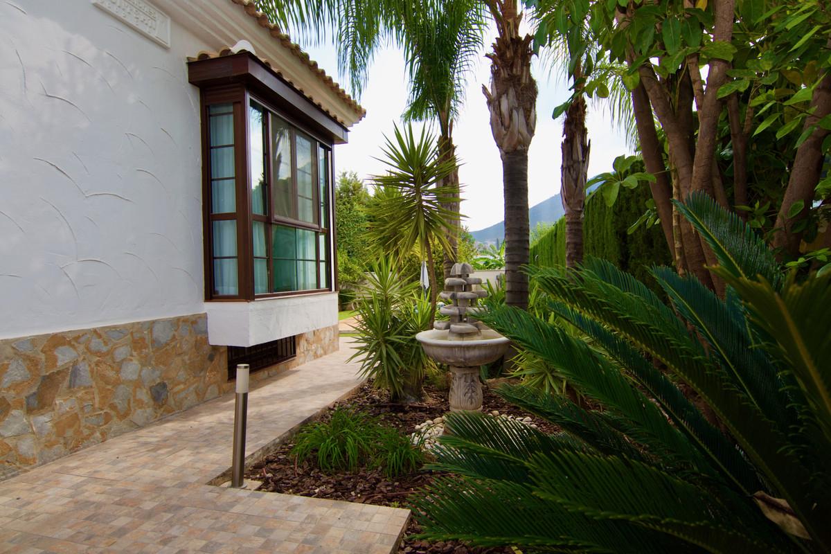 House in Alhaurín de la Torre R3937687 39