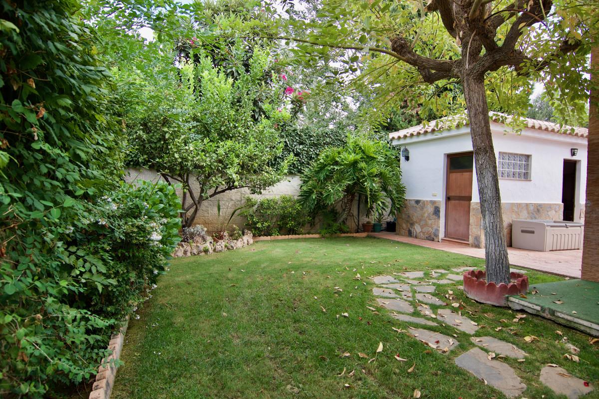 House in Alhaurín de la Torre R3937687 47