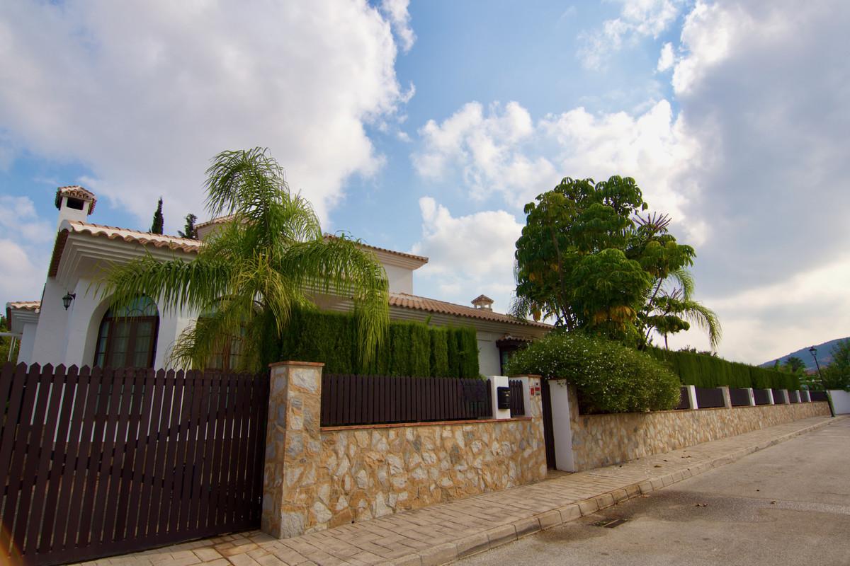 House in Alhaurín de la Torre R3937687 5