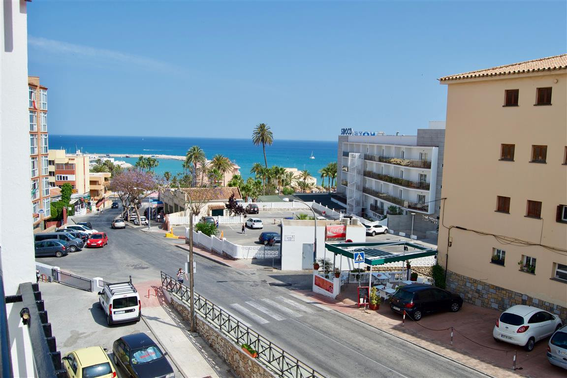 Middle Floor Apartment, Benalmadena Costa, Costa del Sol. 3 Bedrooms, 1 Bathroom, Built 64 m&sup, Spain
