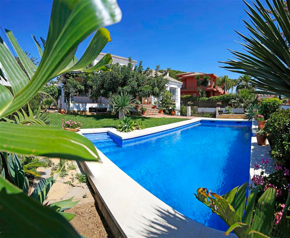 BEAUTIFUL 5 BED VILLA SITUATED CLOSE TO PUERTO MARINA!  This typical Andalucian style villa is super,Spain