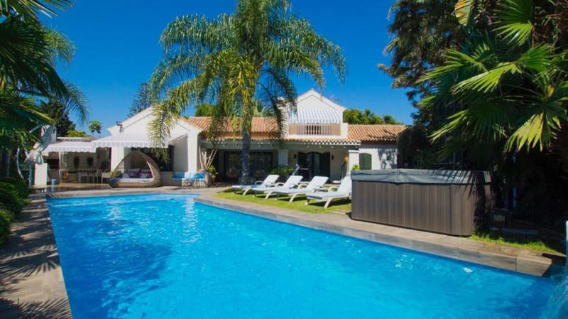 Marbella Banus Villa – Chalet en venta en Guadalmina Baja – R3501547