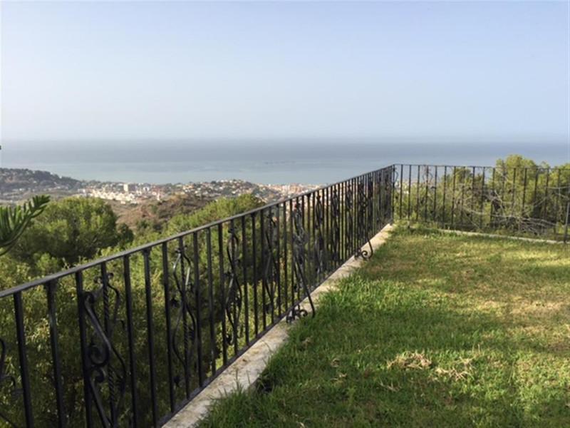 Villa – Chalet en venta en Málaga – R2705624
