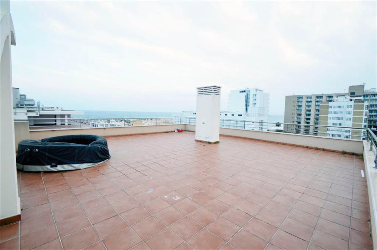 Penthouse, Benalmadena Costa, Costa del Sol. 2 Bedrooms, 2 Bathrooms, Built 90 m², Terrace , Spain