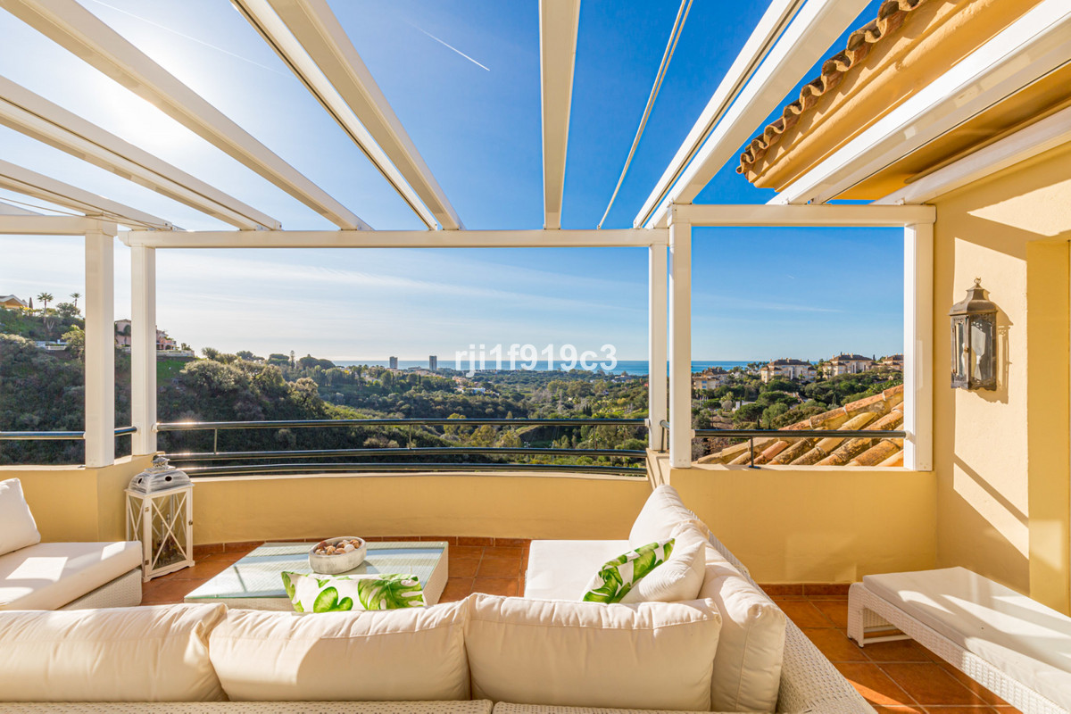 Fantastic Penthouse in Elviria Hills with panoramic sea and mountain views. The property is excellen,Spain