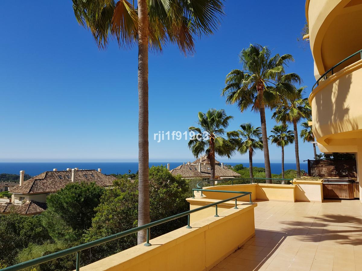Marbella Banus Apartamento Planta Baja en Venta en Elviria – R3266089
