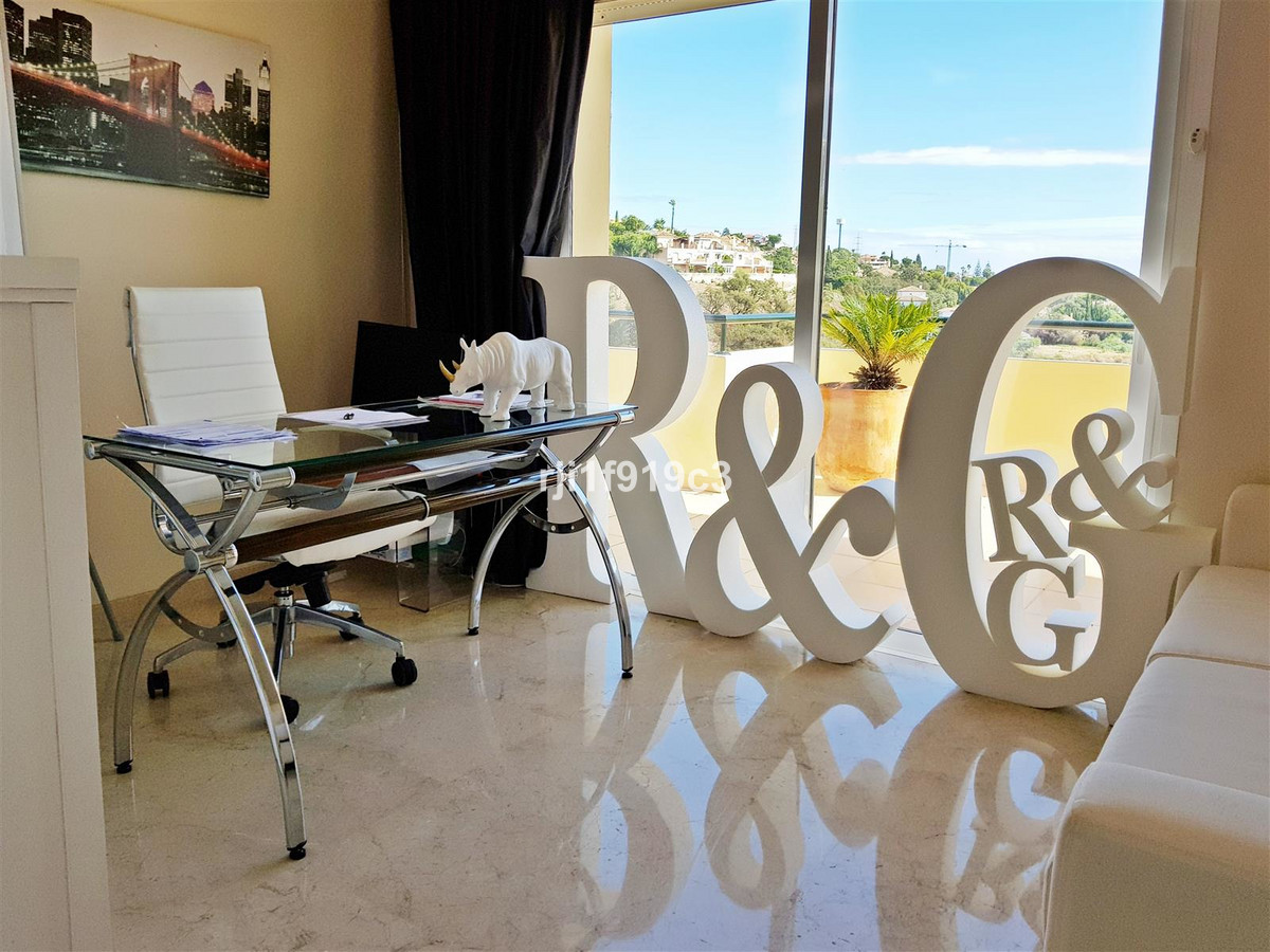 Apartment in Elviria R3437179 14