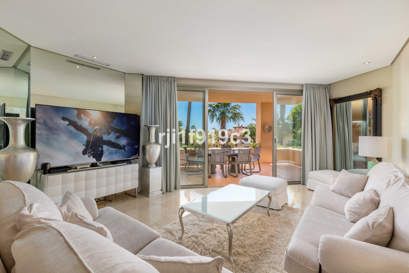Se vende Apartamento Planta Media, Sierra Blanca – R3397579