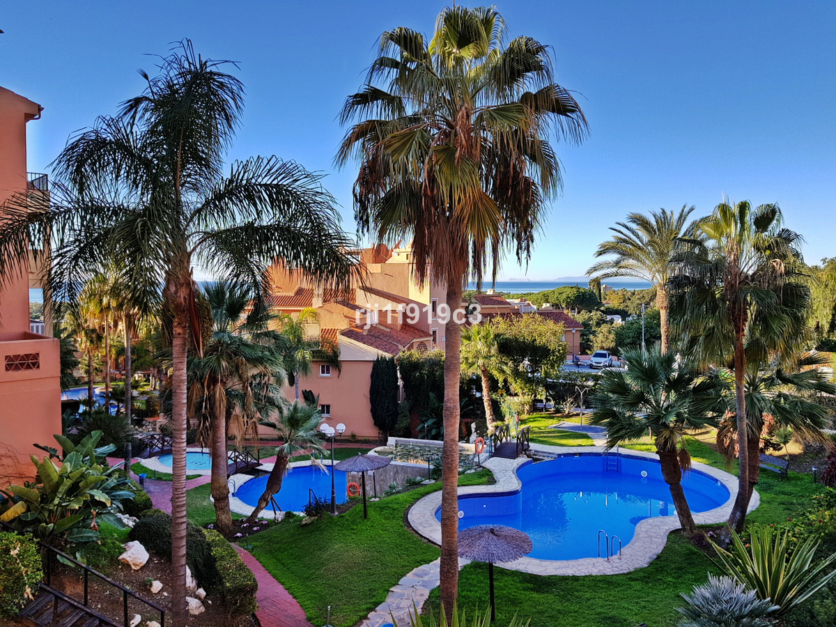Apartment for sale in La Reserva de Marbella - Marbella East Apartment - TMRO-R3289339