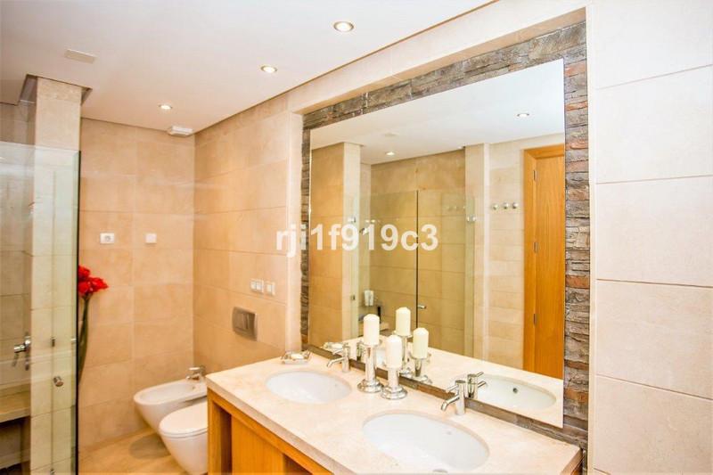 Se vende Apartamento Planta Baja, Sierra Blanca – R2882633