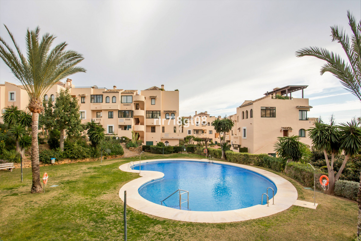 The very popular urbanisation of El Manantial is located in Elviria close to the Santa Maria Golf co Spain