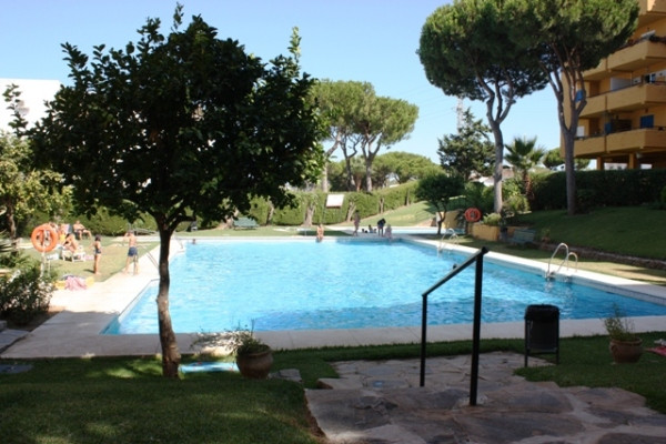 Rented out for summer months 2018, please check the calendar.  Comfortable modern apartment with fully equipped kitchen, 1 double bedroom, big bathroom, terrace and laundry room, WiFi. Central location in lower part of popular Calahonda town. 450 meters from the beach and just a step to all local amenities. Beautiful communal garden with pine trees and Olympic size swimming pool. Sleeps from 1/5 Living room - double sofa bed and single folding bed.  Short term rent - low season- minimum 2 weeks rent