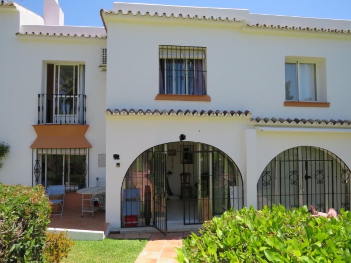 House - Estepona - R3891439 - mibgroup.es