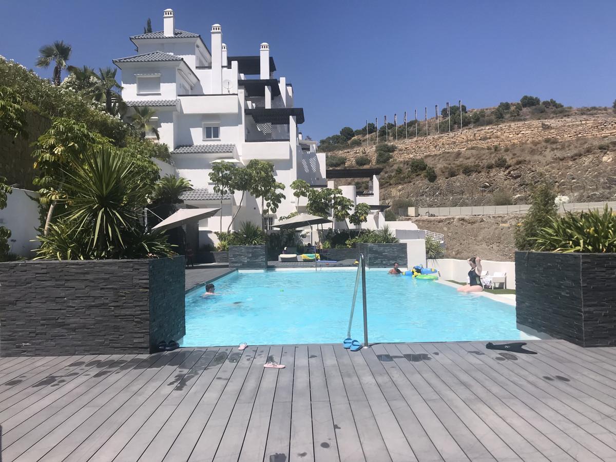 Apartamento Planta Baja en Venta en Benahavís – R3349078