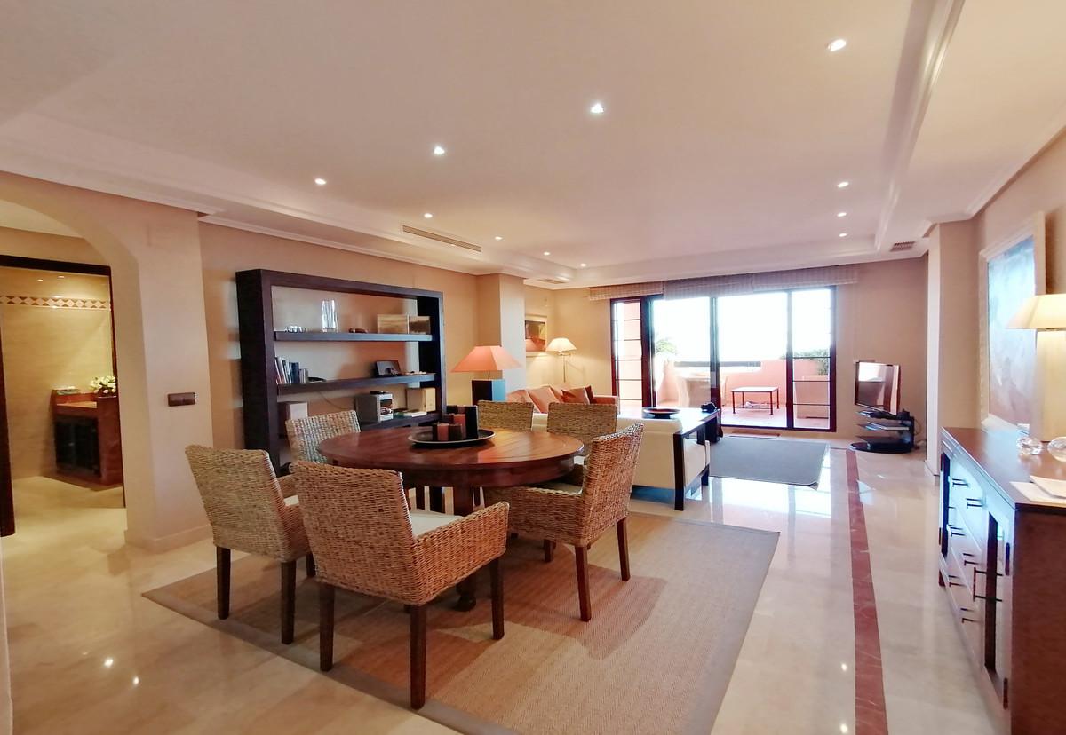 Apartamento Planta Baja en Venta en La Mairena – R3575566